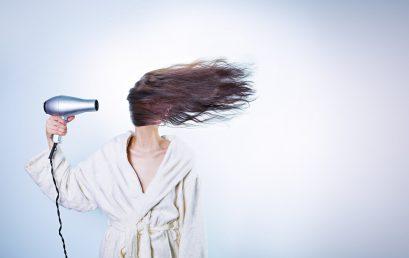 Gör hårinpackningen själv